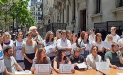 Sadop Capital junto a los docentes despedidos de la ORT