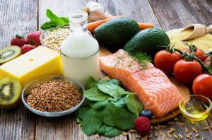 Lee más sobre el artículo Cuarentena saludable: ¿Cómo combatir el hambre emocional?